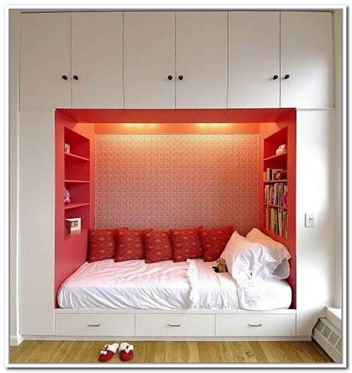 Marvelous Here Today We Would Like To Share With You A Collection Of Brilliant  Bedroom Pictures Which Feature Creative Storage To Hide Clutter And Make  The Bedroom ...