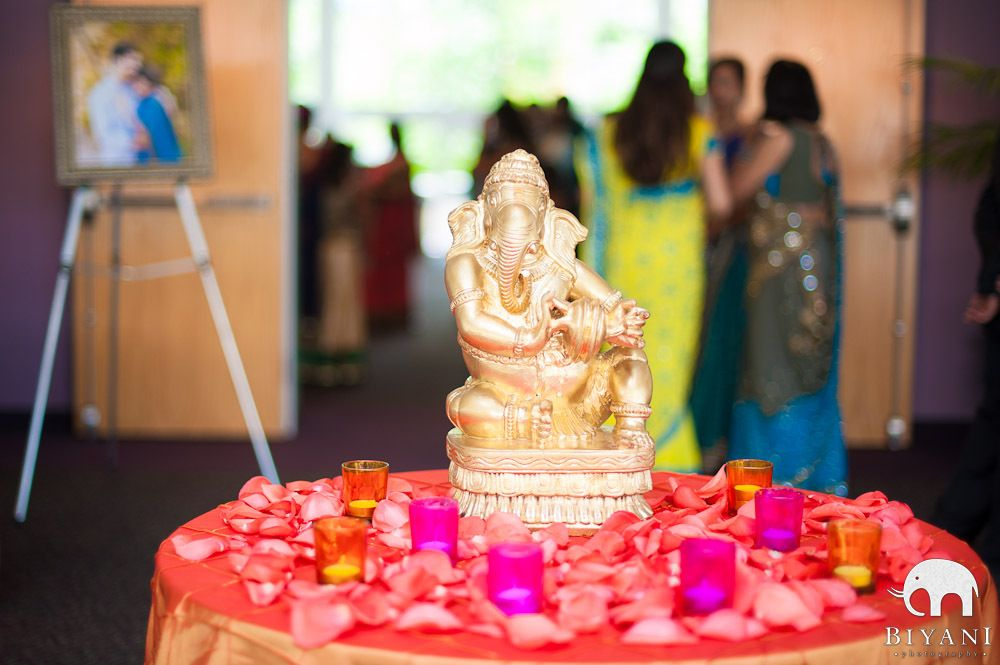 Ganesh at welcome table of the wedding