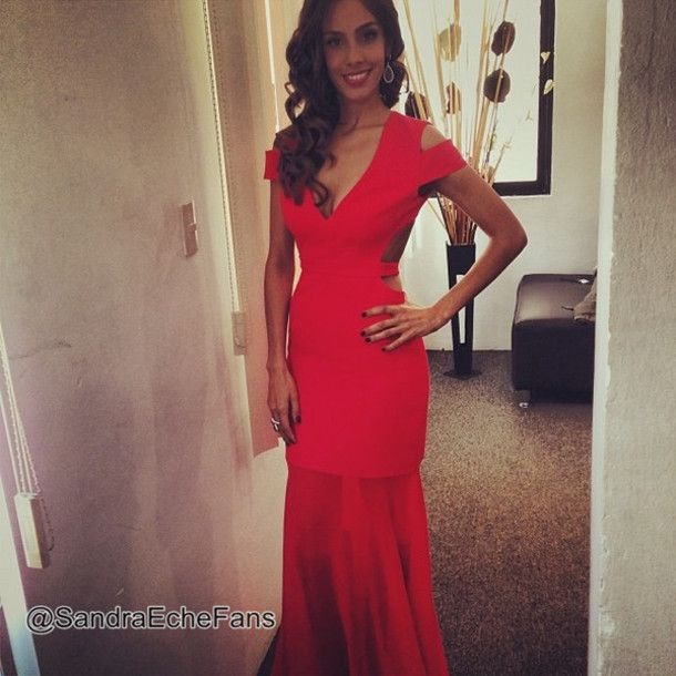 Dress El Perdedor Video Sandra Echeverria Red Enrique Iglesias Prom