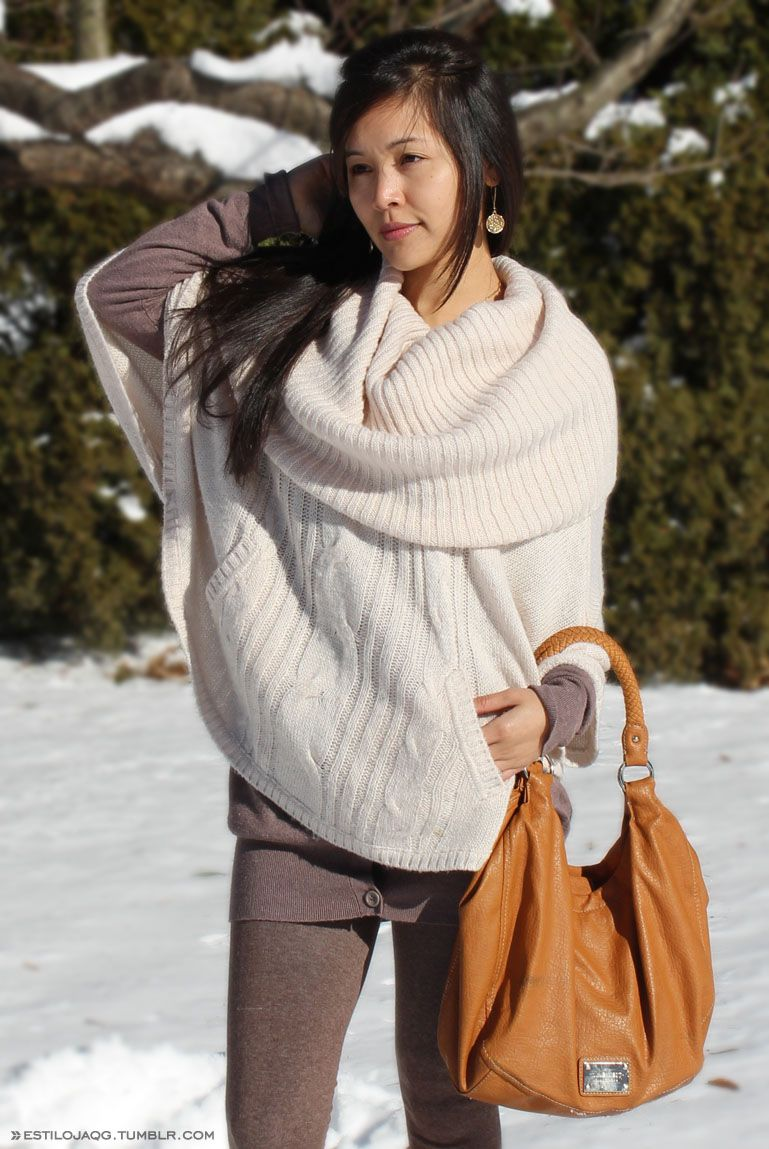 cozy poncho #winterfashion #winteroutfit