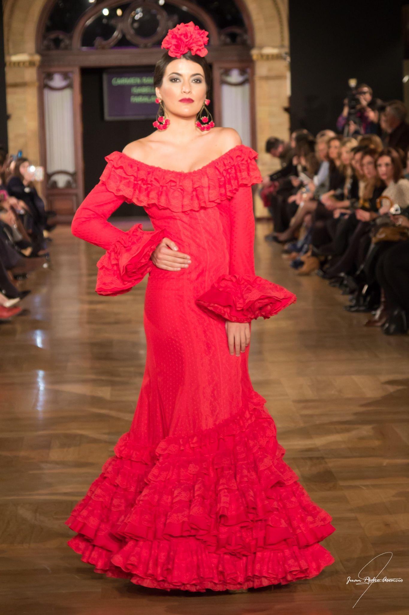 Seville Fashion: We Love Flamenco 2015 (Seville, Fashion). Photographer