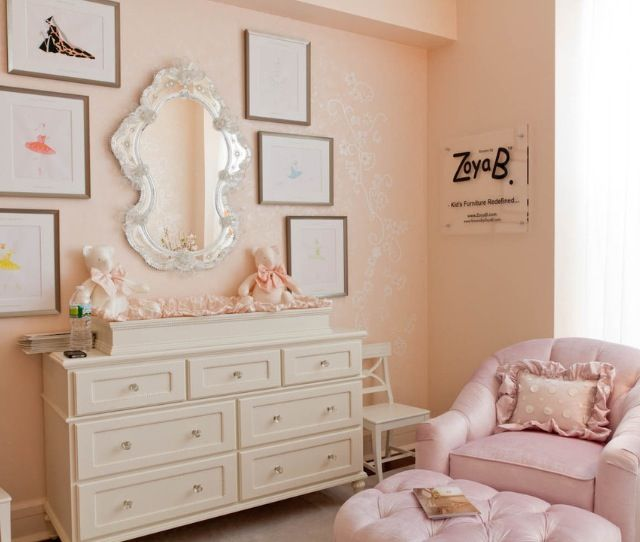 Vintage princess room | VINTAGE GIRLS ROOMS | Girls room ...