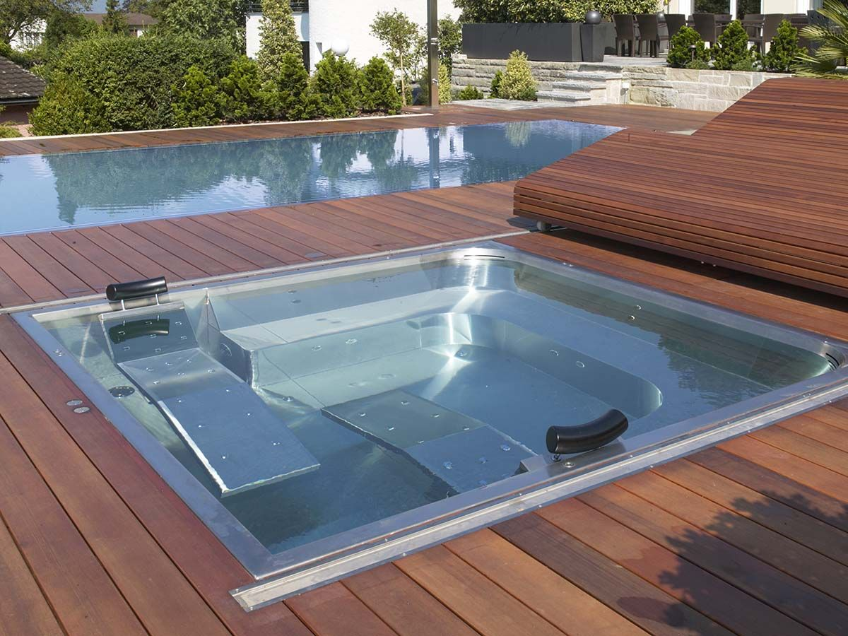whirlpool jacuzzi sprudelbad garten pool whirlpool. Black Bedroom Furniture Sets. Home Design Ideas