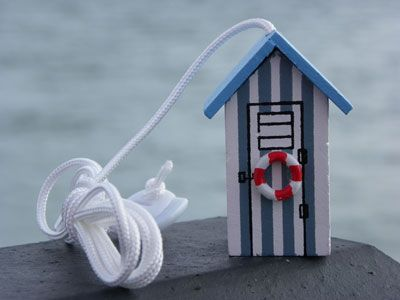 Light Pull Dorset Gifts Beach Hut Bathroom Purple Bathroom Accessories Seaside Bathroom