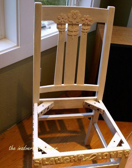 alten Stuhl mit Stickern bekleben und dann bunt ansprühen!!!