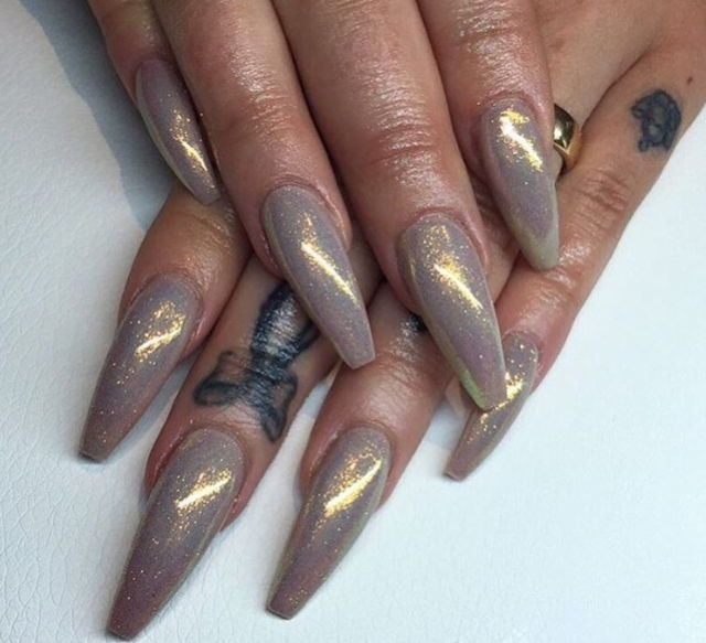 grey pearly coffin nails | Nails | Pinterest