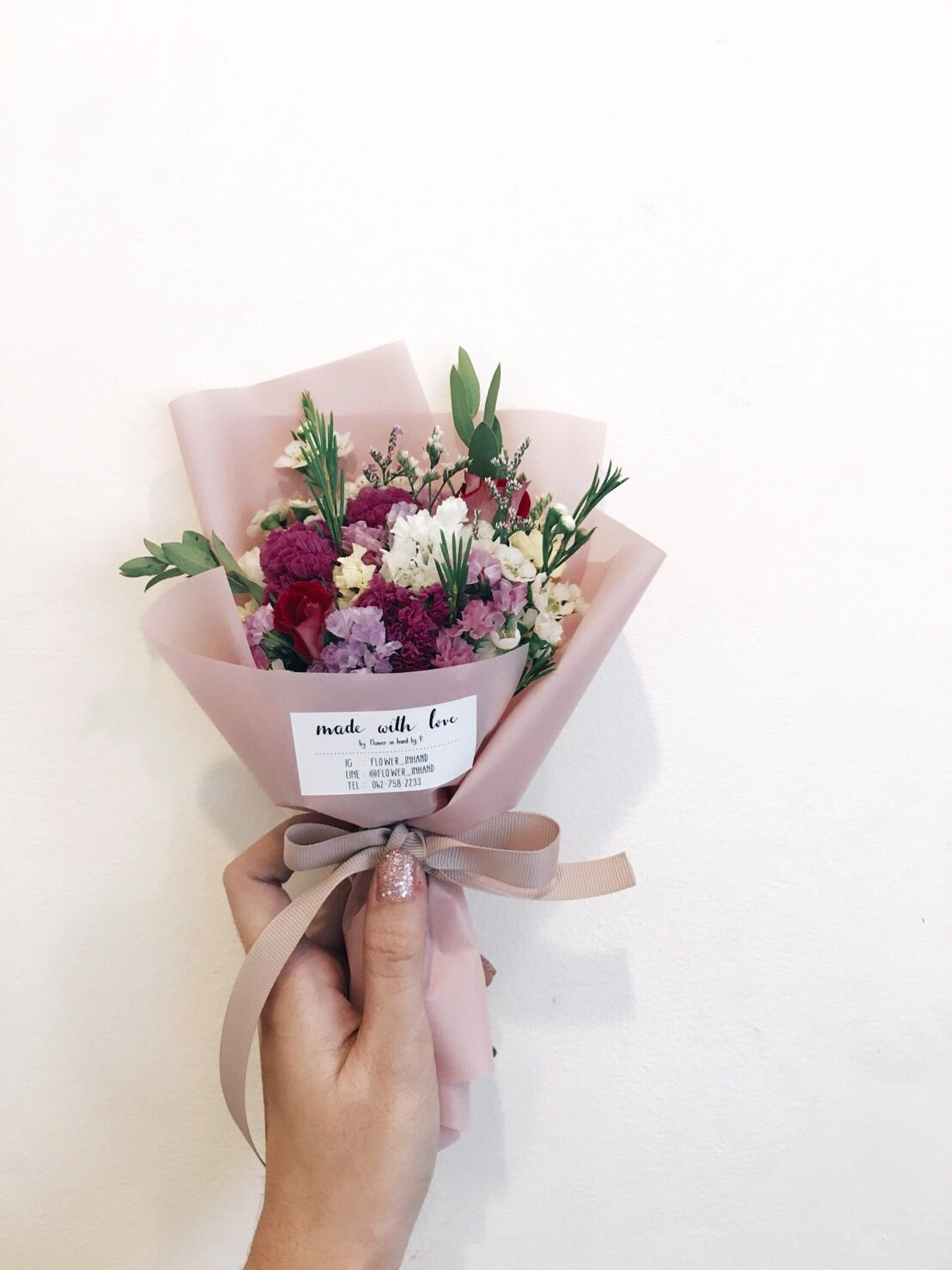 Cute mini bouquet flower in hand by p pinterest flowers cute mini bouquet boquette flowers flower boxes flowers for sale how to wrap izmirmasajfo