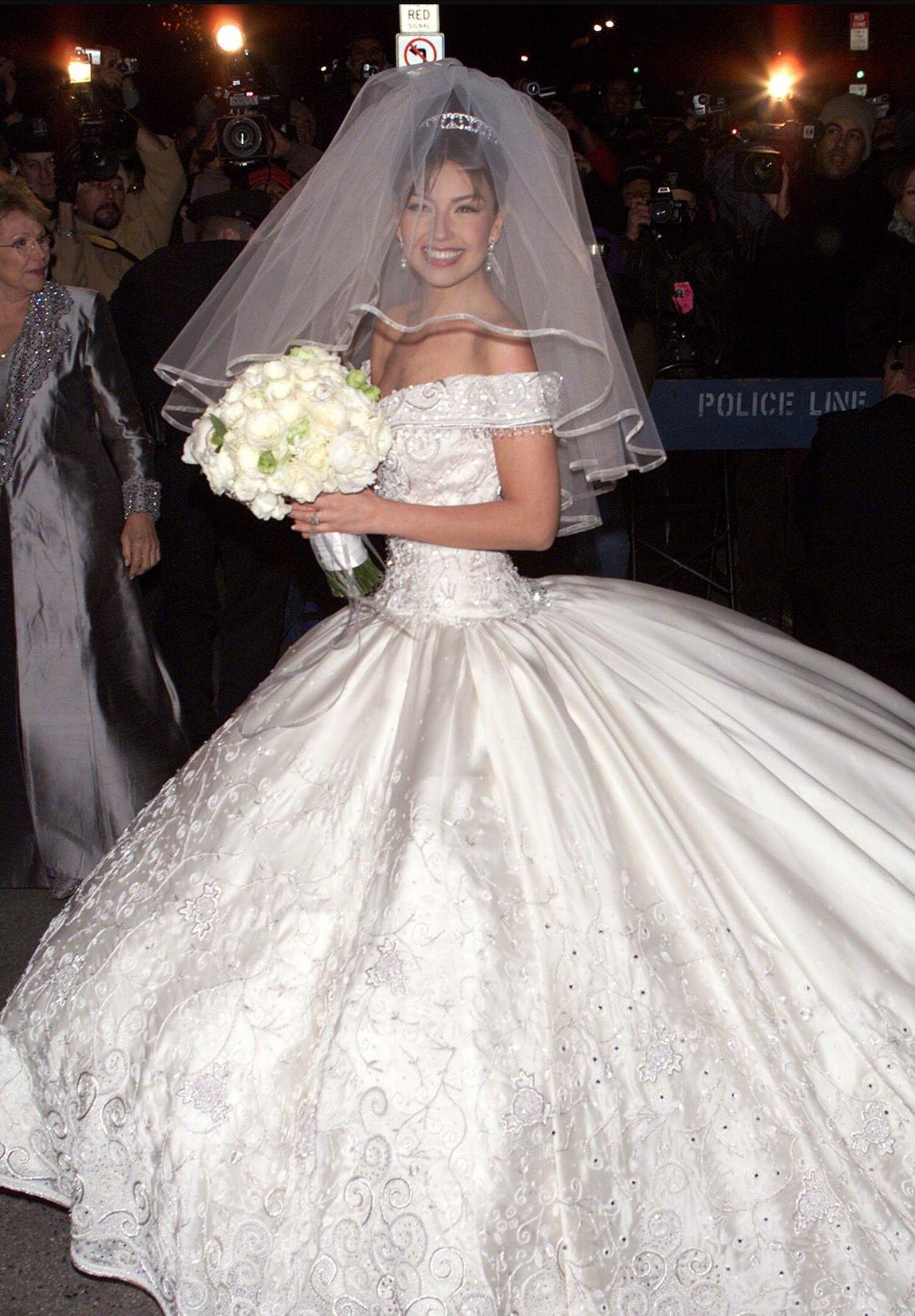 Vestido de thalia novia