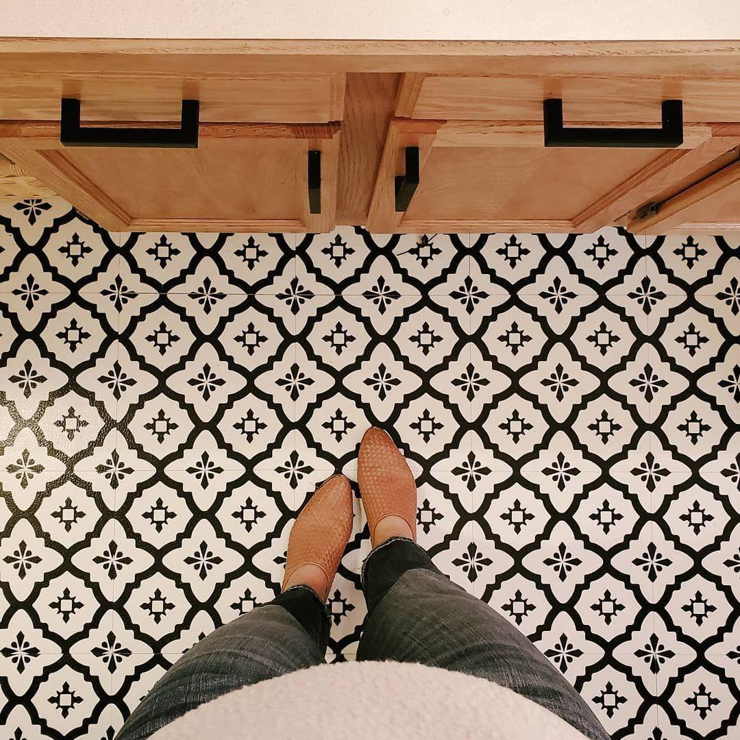 Wall Pops Vinyl Peel And Stick Tile Floor Before And After Floor Peel Pops St Afterfloor Floor In 2020 Peel And Stick Tile Stick On Tiles Peel And Stick Floor