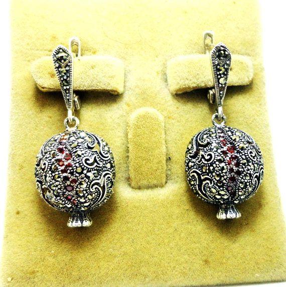 87fd4eca7 #Pomegranate earrings garnet earrings silver earrings Garnet Earrings,  Garnet Gemstone, Filigree Earrings,