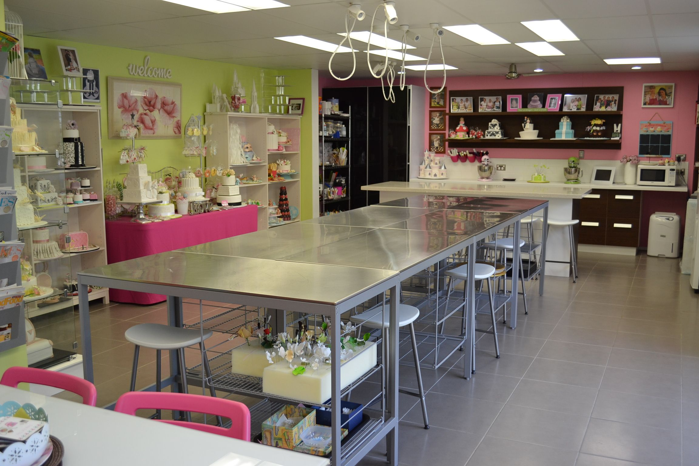 DSC_0140.JPG (2304×1536)   Bakery kitchen, Kitchen decor ...