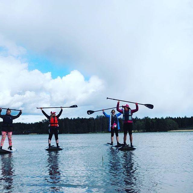 SUP we did, survived we did. #SUPneitsyys #suomenkesä #activewearholiday #langvikhotel http://www.langvik.fi/