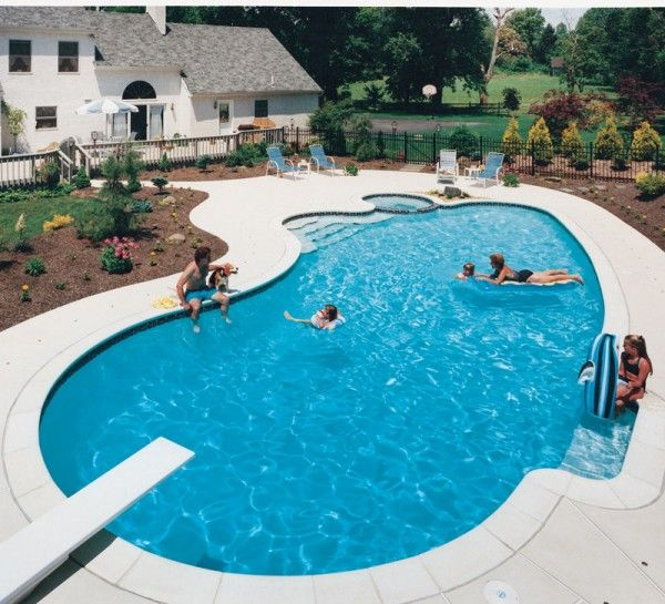Kidney-Shaped Pools | Pool Designs in 2019 | Pool shapes, Swimming ...