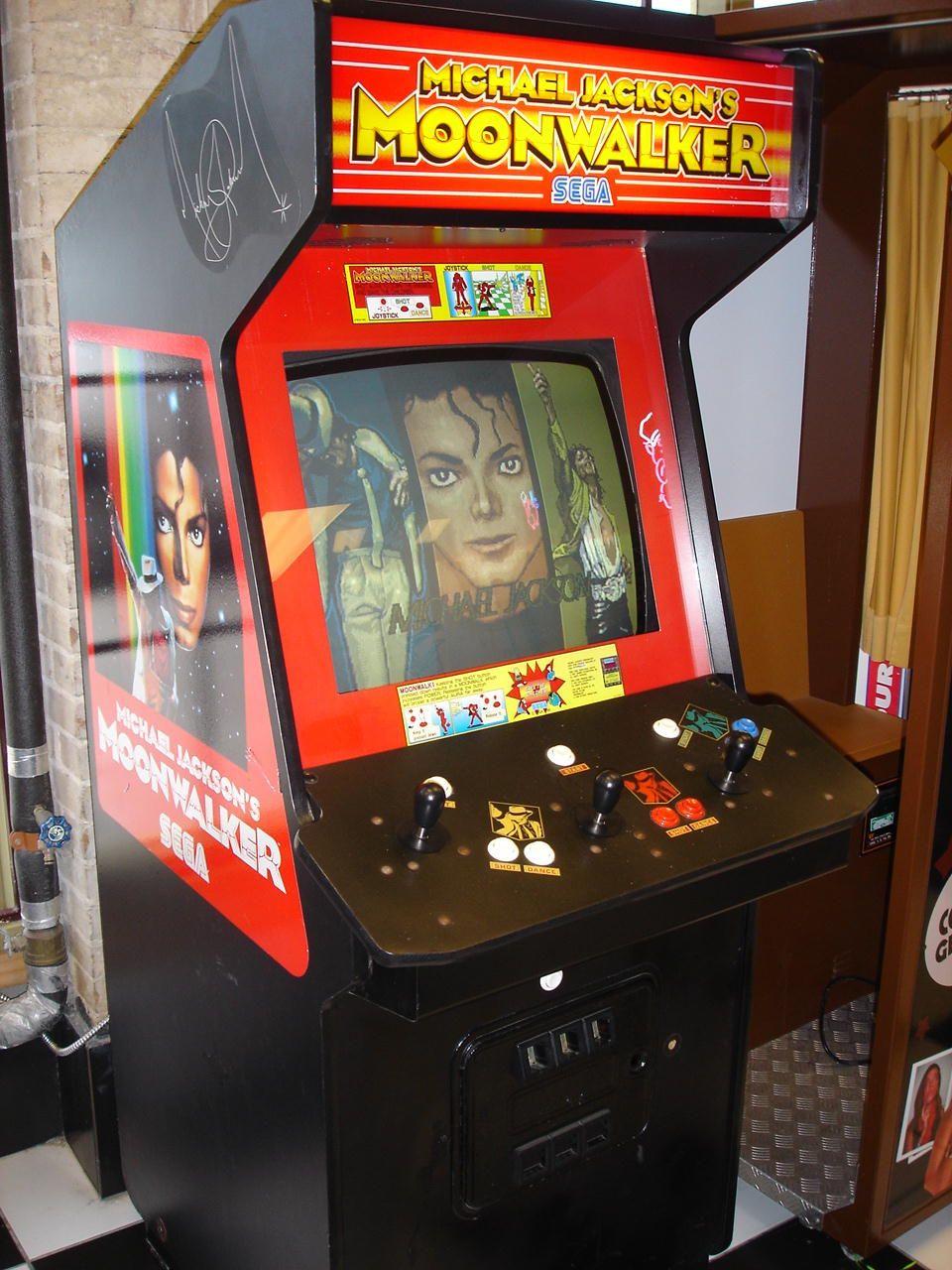 Michael Jackson's Moonwalker Arcade (1990)