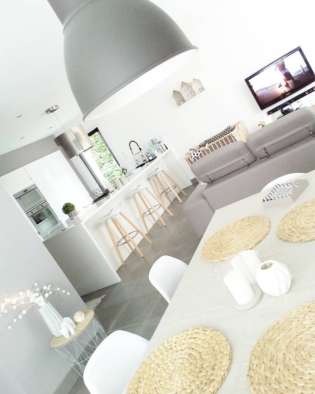 Idée #déco pour une #cuisine ouverte sur le #salon/ #séjour