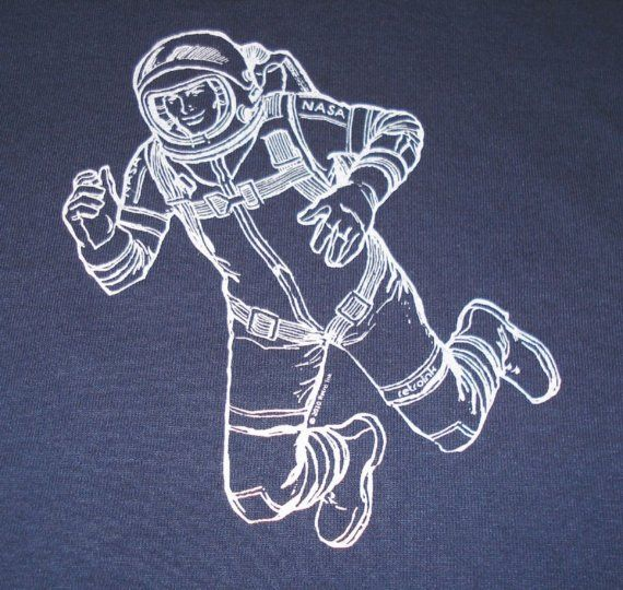 T Shirt With A 1950s Vintage Astronaut In White Water Por Retroink