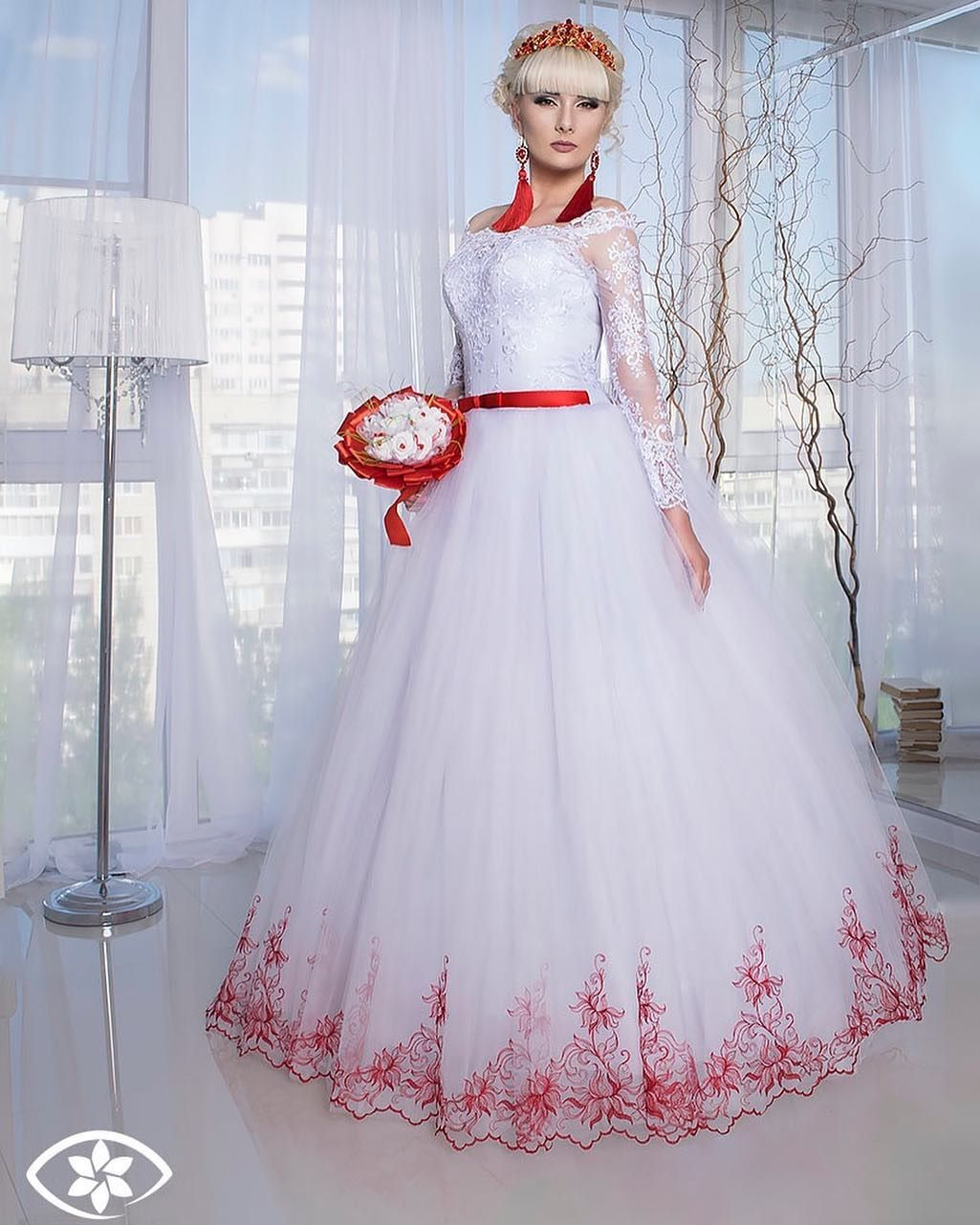 Работа моделью свадебных платьев работа девушкам в балашове