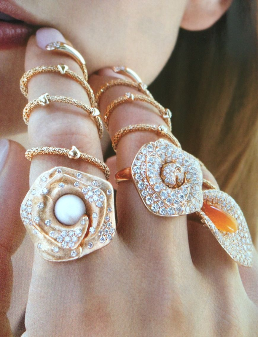 Giovanni Ferraris flower rings
