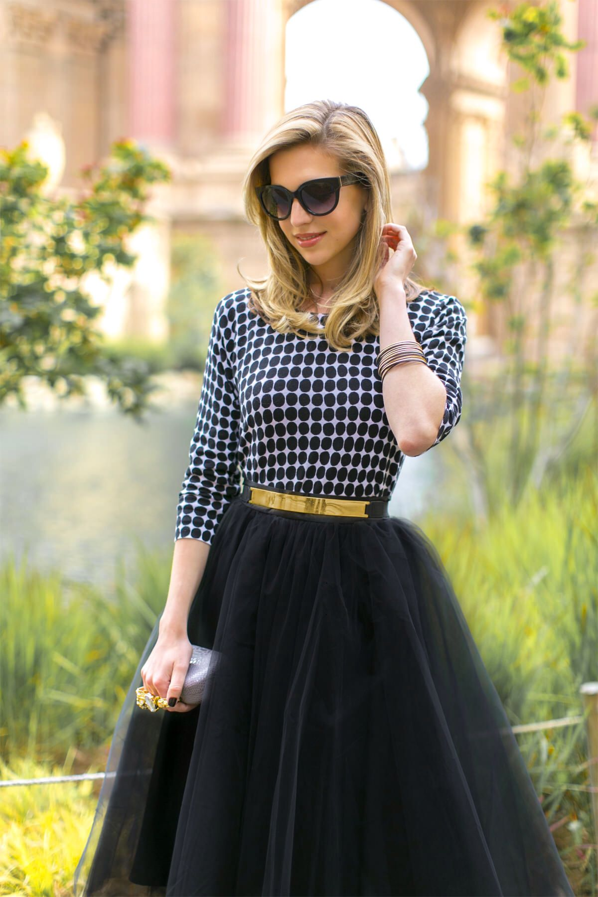 Space 46 black midi tulle skirt, blogger vanillaextract.me, ladylike classy outfit