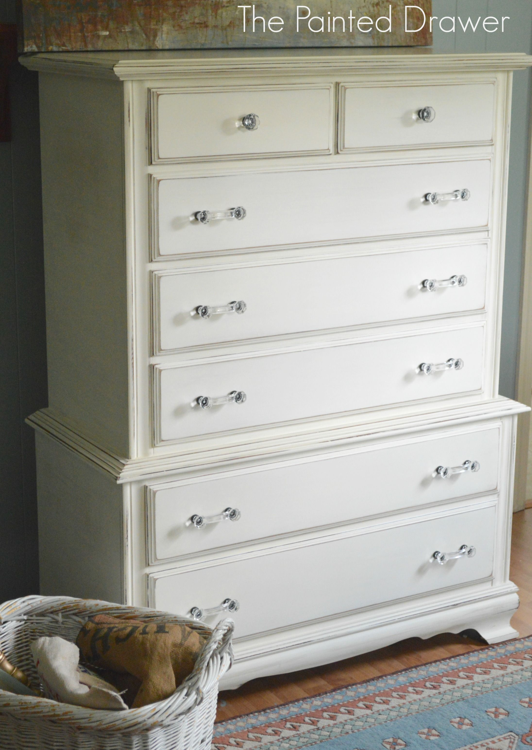 Annie Sloan Chalk Paint In Creamy Whites White Painted Dressers White Chalk Paint Furniture White Chest Of Drawers