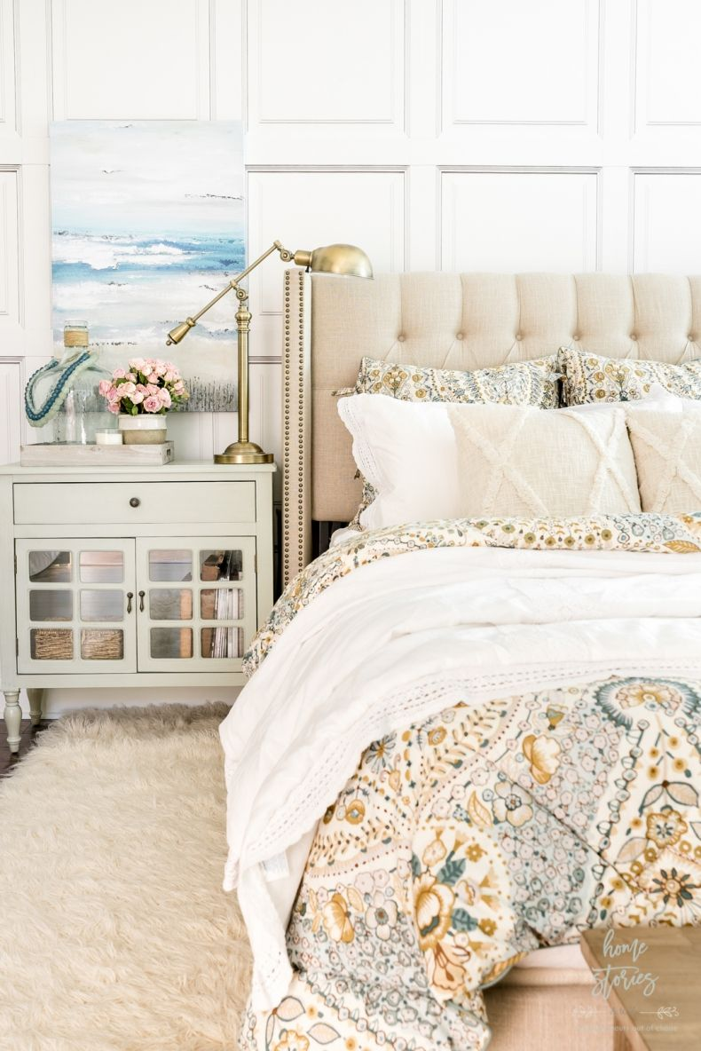 Cozy Coastal Farmhouse Bedroom In 2020 Farmhouse Bedroom Coastal Farmhouse Bedroom Decor Inspiration