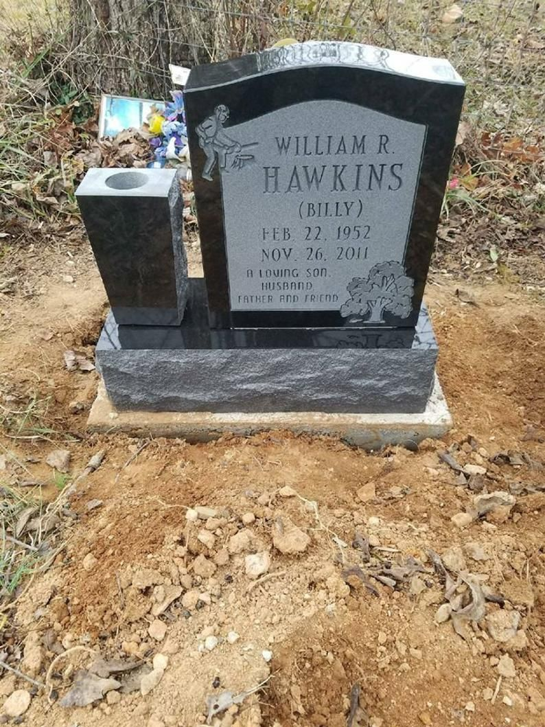 Black Granite Headstone For Cemeteries Memorial Stone For Your Loved One Grave Marker For Less Free Shipping To Your Cemetery In 2020 Granite Headstones Headstones Grave Headstones