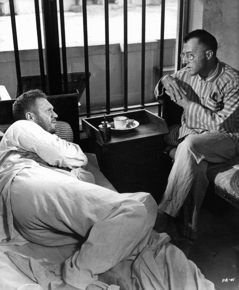 Men/'s Steve McQueen The Great Escape Classic Brit Film T Shirts Black