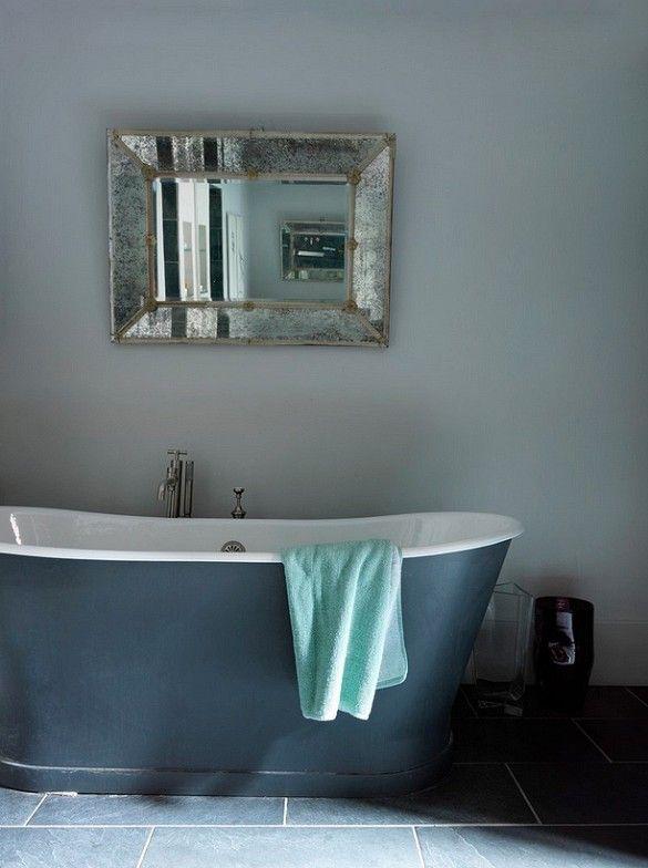 Cast-Iron Bathtub in French Bathroom