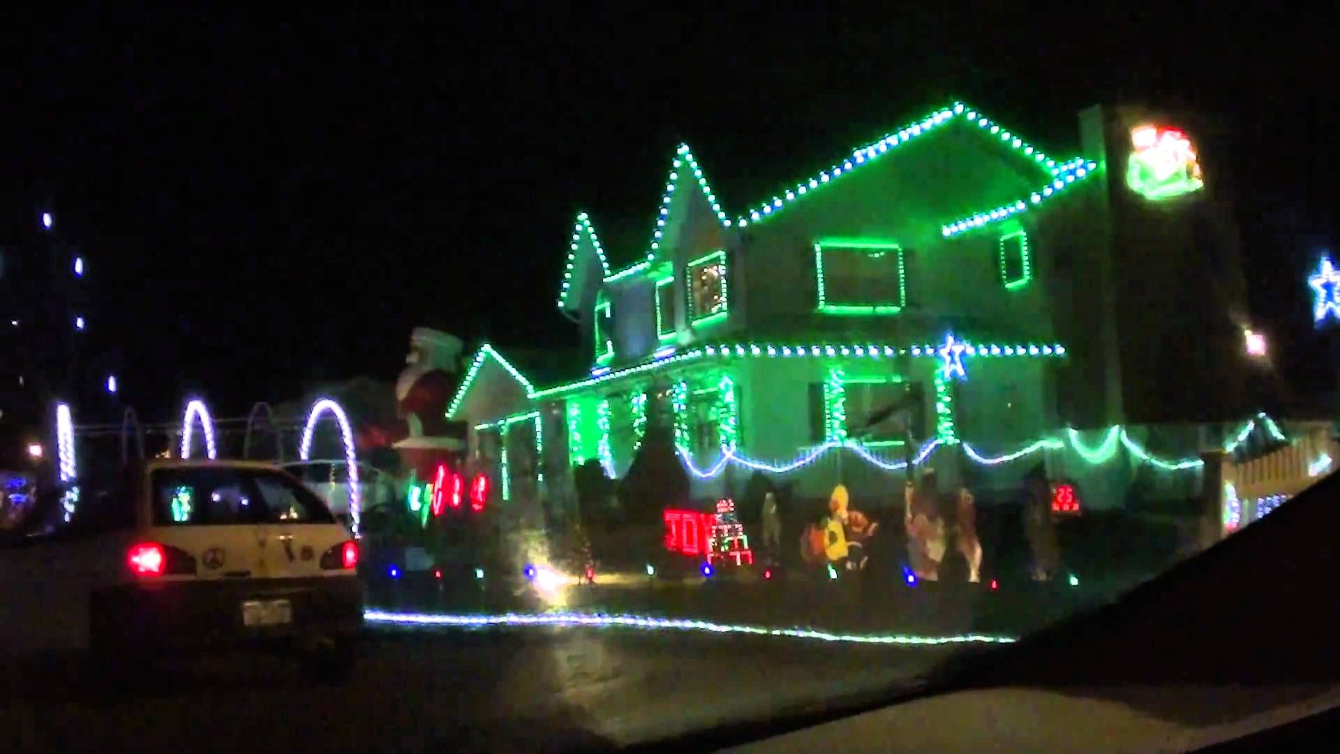 The Best Dancing Christmas Lights Ever