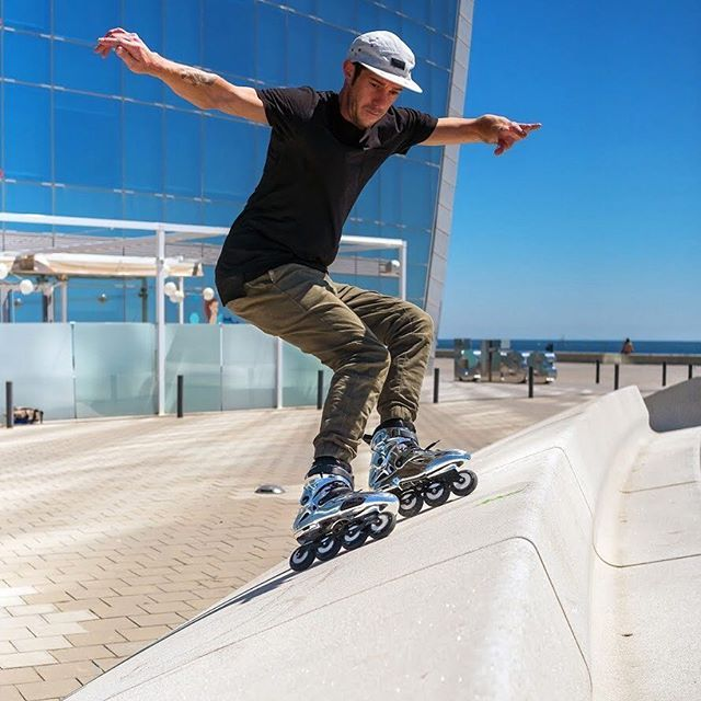 Nick Lomax Sliding Into The Brand New Week With The New Powerslide Imperial Evo Chrome On His Feet Welovetoskate P Inline Skating Rollerblading Inline Skate
