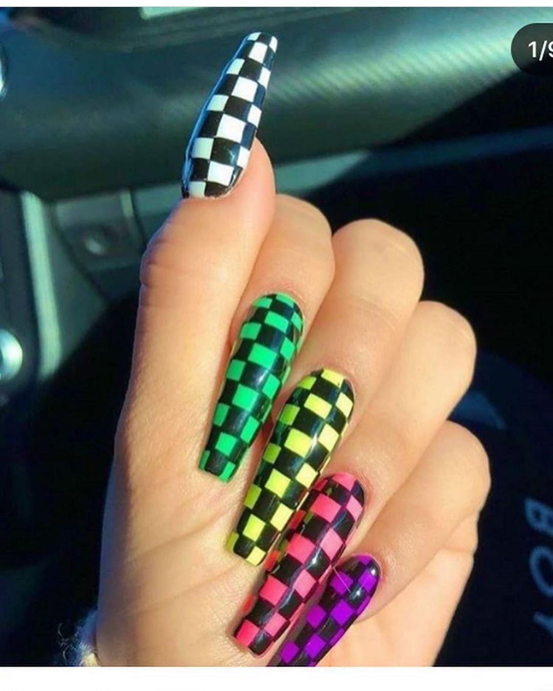 49 Outstanding Acrylic Coffin Nail Designs Checkered Nails Rose Gold Nails Acrylic Gold Acrylic Nails