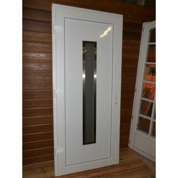 pose d une porte d entree vitree en aluminium a sollies ville