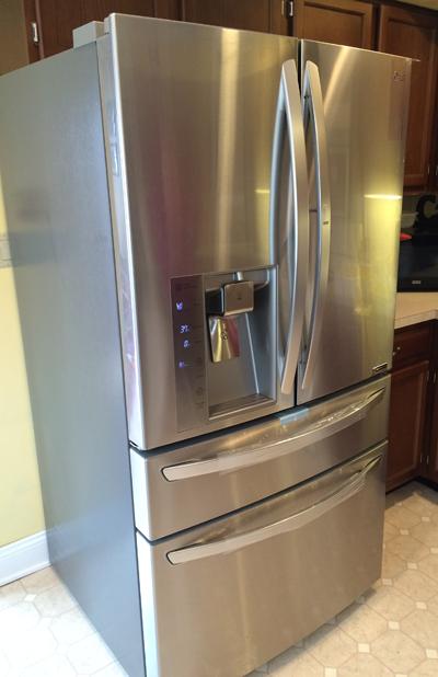 The Lg Lmxs30776s Refrigerator Review And Photos Refrigerator