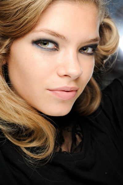 silver grey eyeliner make-up trends 2012
