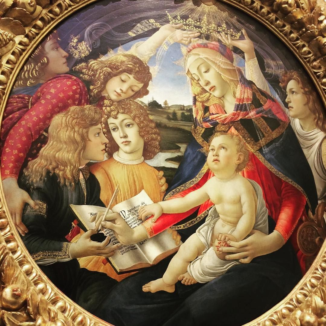 madonna con bambino - autore famoso e davvero bravo #uffizi #books #book #read #reading #reader #page #pages #paper #instagood #kindle #nook #library #author #bestoftheday #bookworm #readinglist #love #photooftheday #imagine #firenze #climax #story #literature #literate #stories #words #text