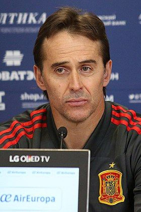 """Julen Lopetegui (Espagne )""""Il est finalement renvoyé de son poste de sélectionneur le 13 juin 2018, à deux jours du début du mondial en Russie après avoir été nommé entraineur du Real Madrid."""""""