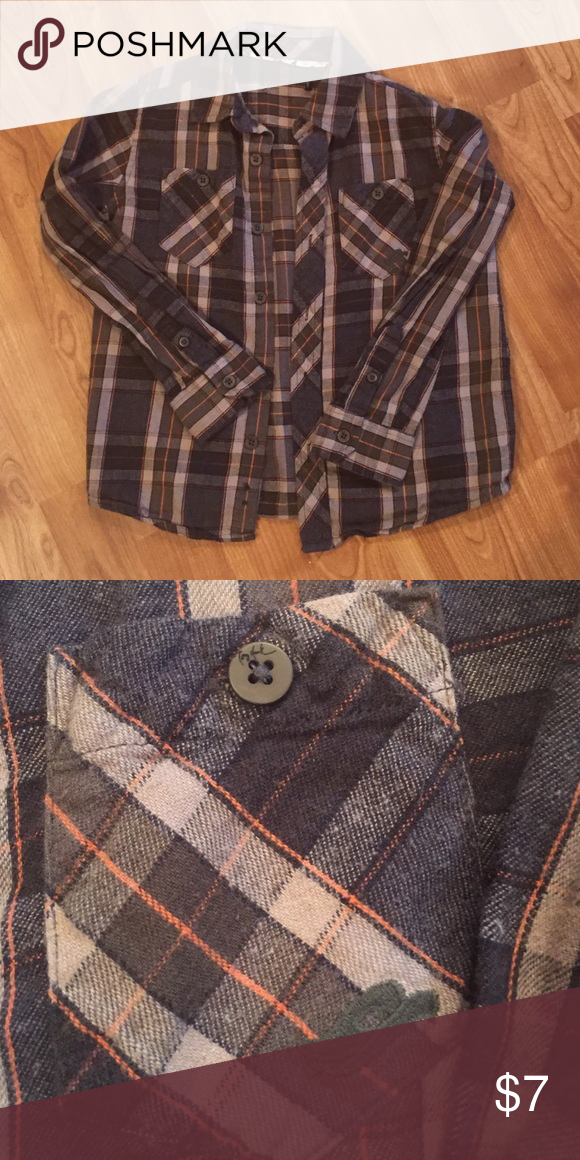 Kid's flannel Tony Hawk branding on buttons. Apparently it was an itchy tag that needed removal lol.  Looks to be a boy's size 5-6.   Smoke free.  No Trades or Offline Transactions. Offers and bundles welcome :) Tony Hawk Shirts & Tops Button Down Shirts