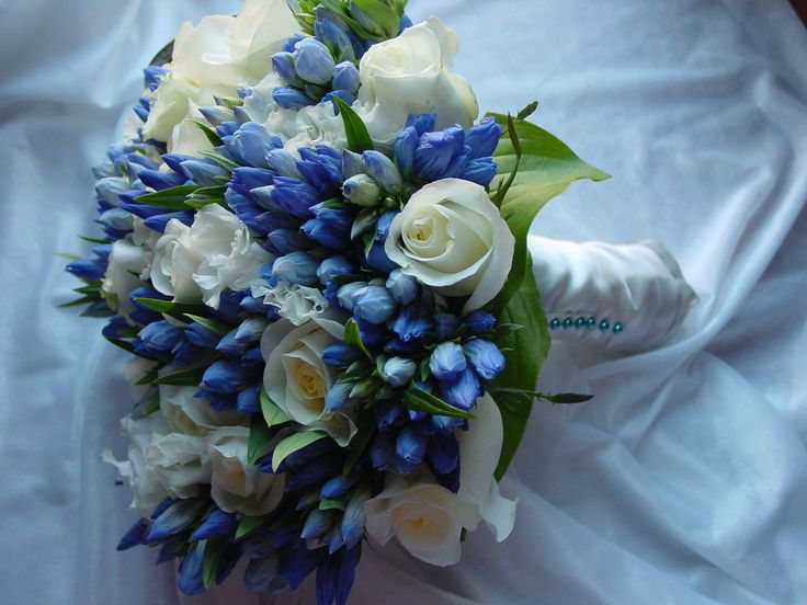 41 Brilliant Blue And White Winter Wedding Ideas Blue Wedding Bouquet Flower Bouquet Wedding Winter Wedding Flowers