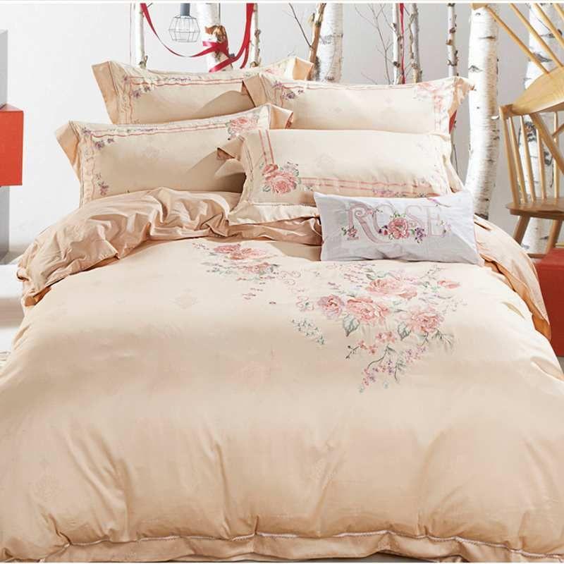Luxury Wedding Red Jacquard Silk Bedding Set Home Textile 4pcs
