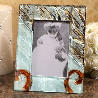 Murano Bling Silver and Amber Photo Frame - Murano glass design and Bling! These versatile favors will be appreciated by your guest for their sophisticated design and practicality. Inspired by the artisans of Murano Italy, these handcrafted Murano like glass frames are stunning and will wow your guests with it's elegance and style. http://www.favorfavor.com/page/FF/PROD/DC8551