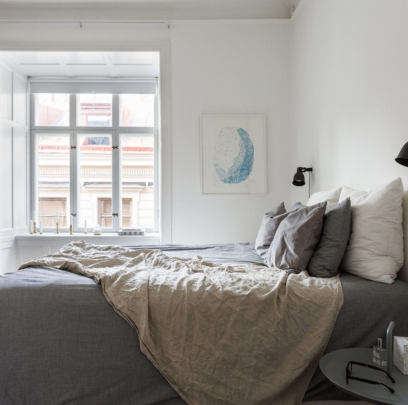 Simple Modern Apartment With Pastel Colors Looks So Cozy: Those Window Sills - Via Coco Lapine Design