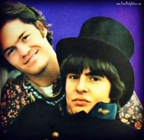 Micky and Davy in Paris!