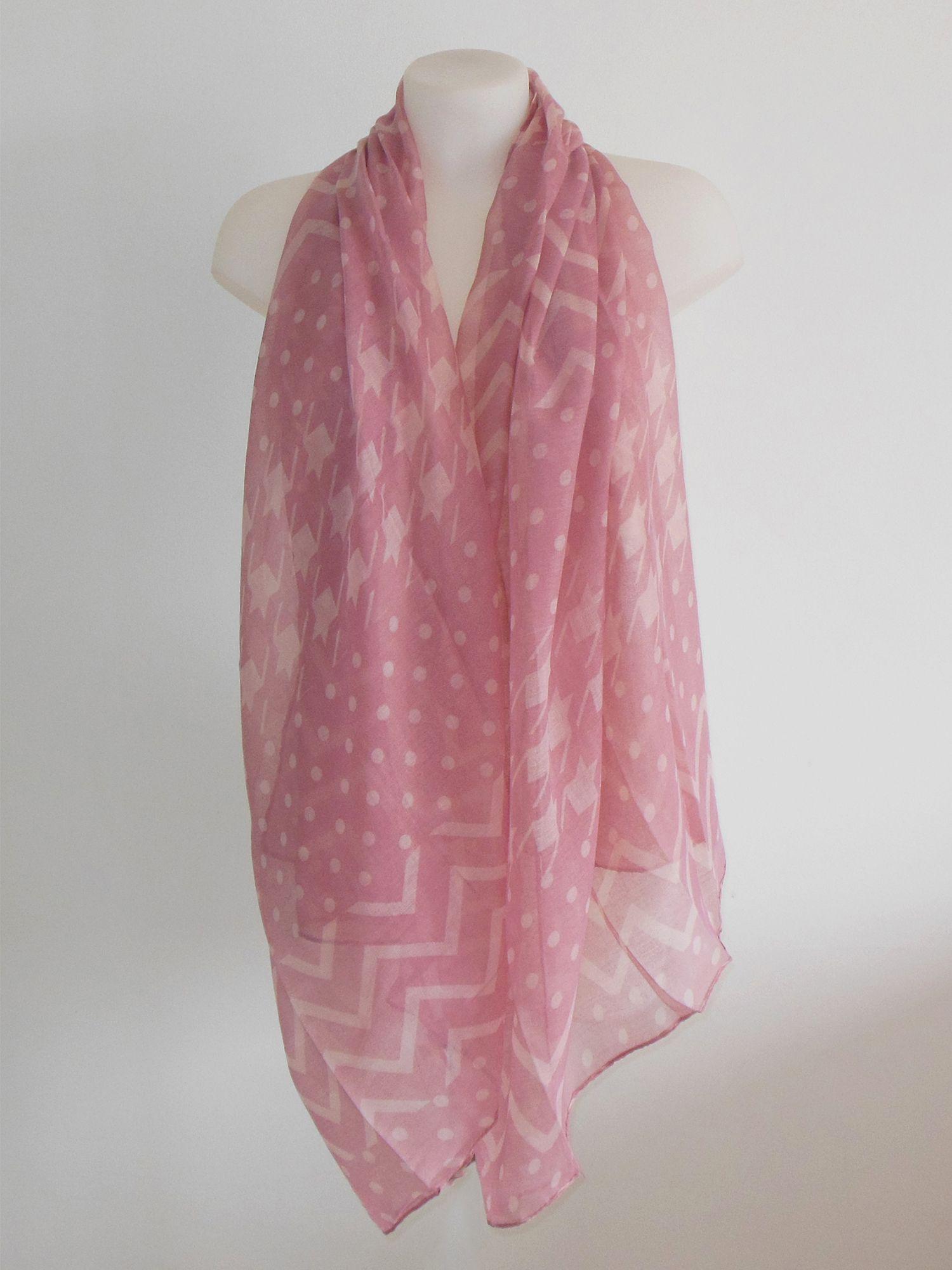 993ed0be585 Foulard rose imprimé graphique étoile  foulard  mode  tendance  fashion   milenamoda http