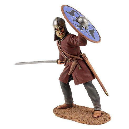 WBritain Soldier 62103 Viking Wearing Gjermundbu Helmet, Swinging Sword