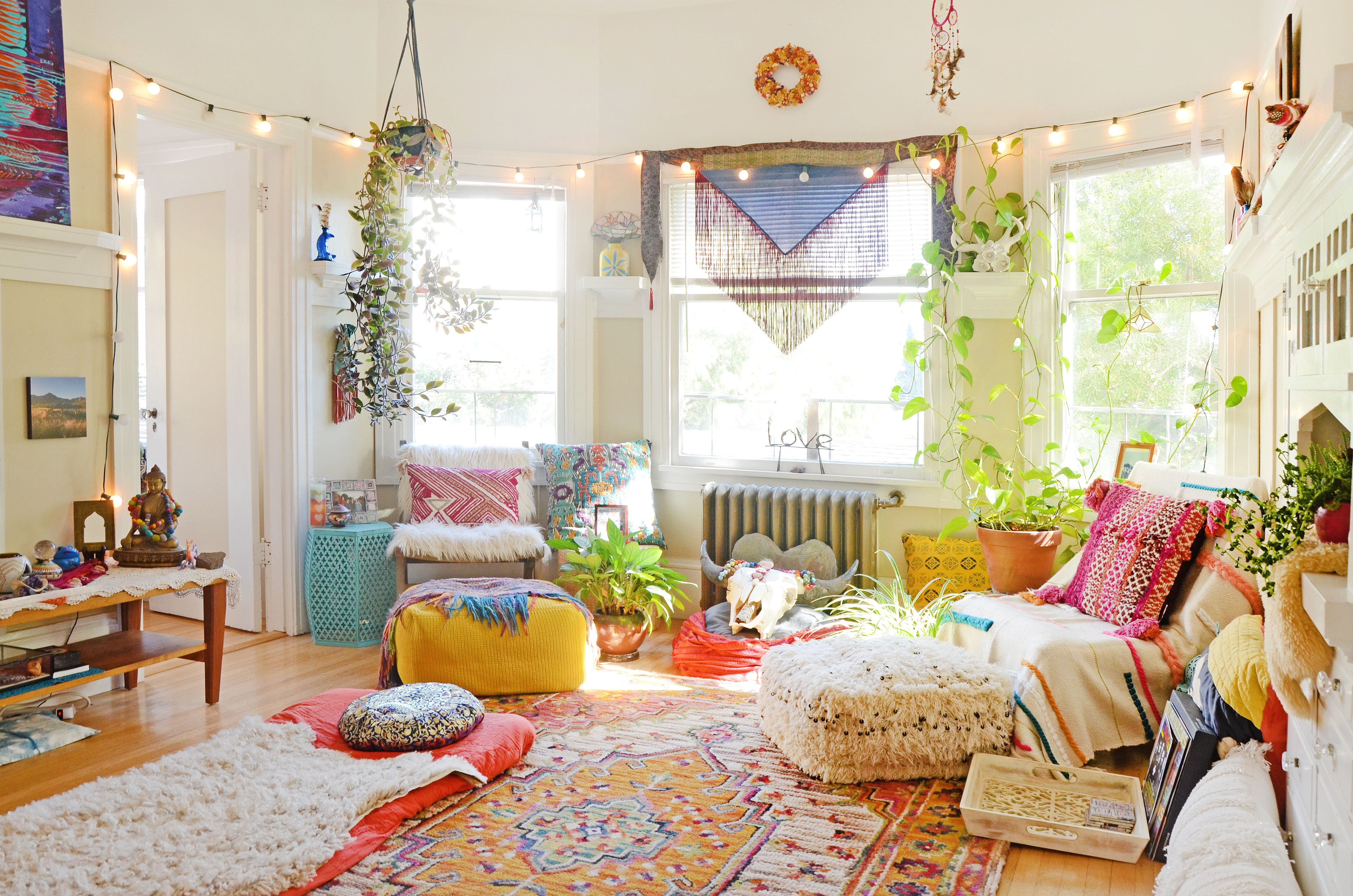 """A """"Hippie, Rainbow Boho"""" Apartment in Oakland in 2020 
