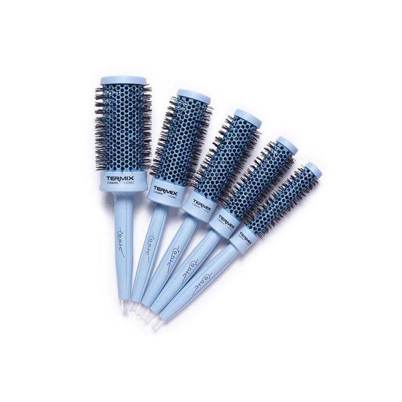 Los cepillos azul serenity de #Termix combinan la tecnología cerámica e iónica para realizar peinados duraderos, sin roturas, daños y signos de encrespamiento. 39,89€ en #Perfumae.  http://bit.ly/2dtgcdF