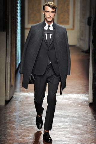 715c6bc41aa8 2013 Winter Fashion Trends For Men  Valentino Shows Off His Cape ...