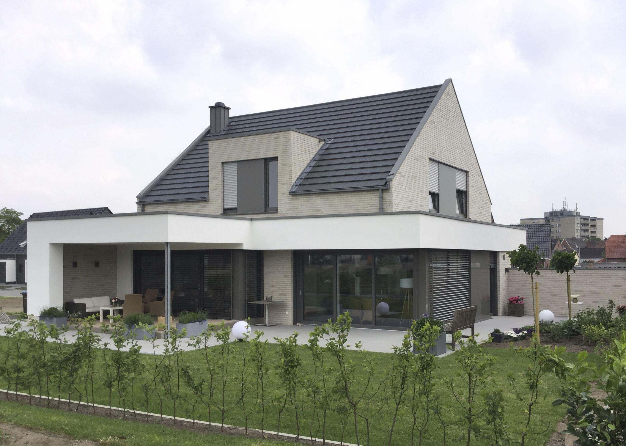 Ziegel für Fassaden / braun / Klinker HOLSTEN