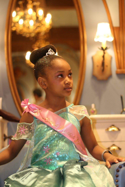 Our Disney Bibbidi Bobbidi Boutique Experience Rattles Heels African American Kids Hairstyles Bibbidi Bobbidi Boutique Hairstyles Princess Hairstyles