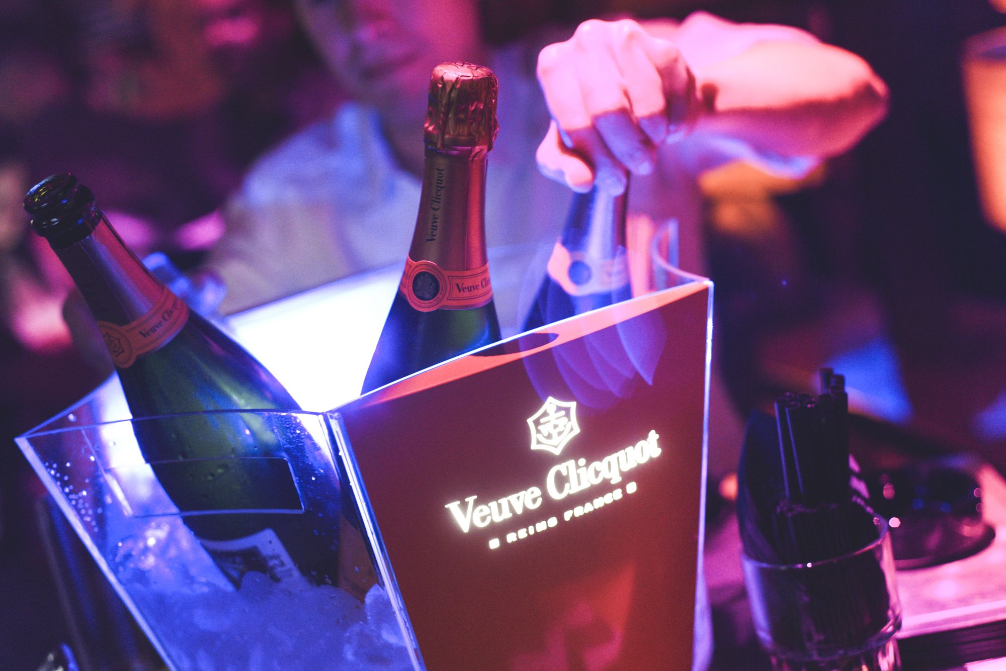 The Best Bachelor And Vip Party Hotspot In Fort Lauderdale Happy Hour Drinks Blue Martini Best Happy Hour